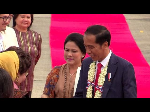 Indonesia's Widodo arrives in PH for 31st Asean Summit