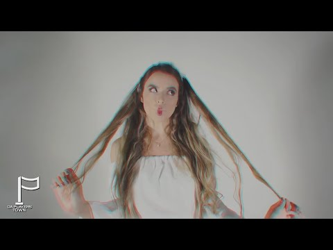 MARA - Y.E.A.H. (Video Oficial)