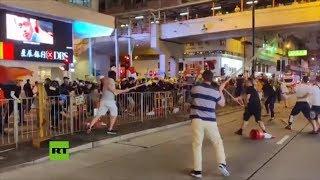 Batalla campal durante protestas en Hong Kong