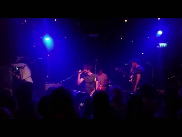 the-coronas-give-me-a-minute-good-sound-brandon-zuijderwijk