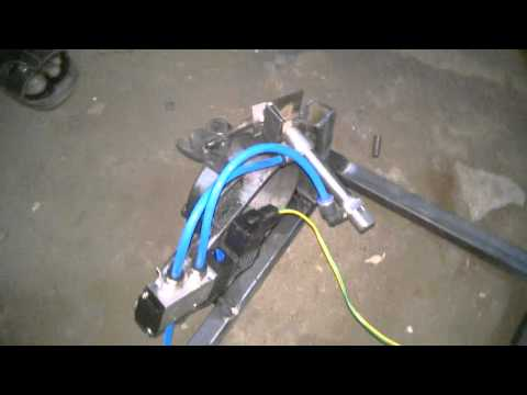 Automatic pneumatic clutch while gear change mechanical engineering mini project topics