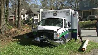 Exclusive video of end of ambulance chase, crash