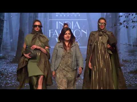 LOTUS MAKEUP INDIA FASHION WEEK AUTUMN-WINTER 2019 RUMI