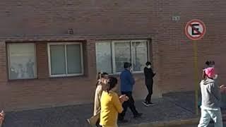 Empleados del Hospital Príncipe de Asturias protestan contra la Municipalidad