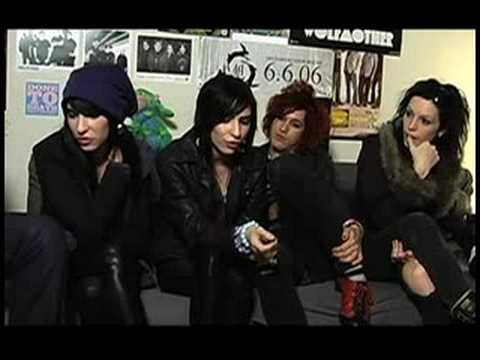 The Veronicas on DJ Rossstar's Punk Rock Show thumbnail