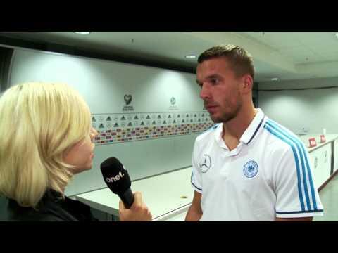 """Lukas Podolski - """"To będzie twardy mecz dla nas"""""""
