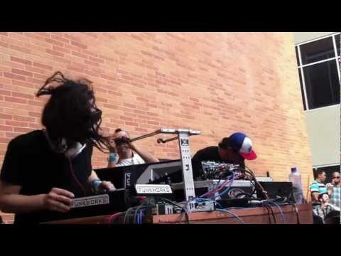 Skrillex - Scary Bolly Dub (Lick It Down) @ SXSW 2012