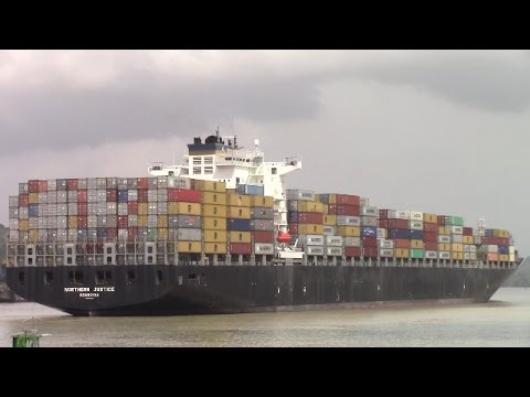 Container Ship NORTHERN JUSTICE at Gamboa - Panama Canal - Gaillard Cut (April 28, 2017)