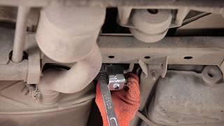 Wie Bremshalter MERCEDES-BENZ M-CLASS (W163) wechseln - Online-Video kostenlos