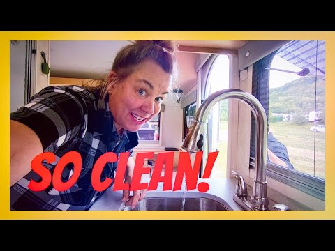 SANITIZE RV WATER TANK ♥ RV (Fresh, Black, Grey) Water Tank Cleaning STEP BY STEP!