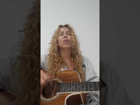 Joelma Cantando