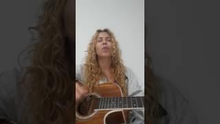 """Joelma Cantando """"Teu Santo Nome"""" da Gabriela Rocha"""