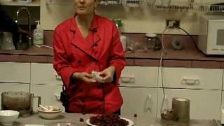 Raw Food Dessert: Flourless Chocolate Cake