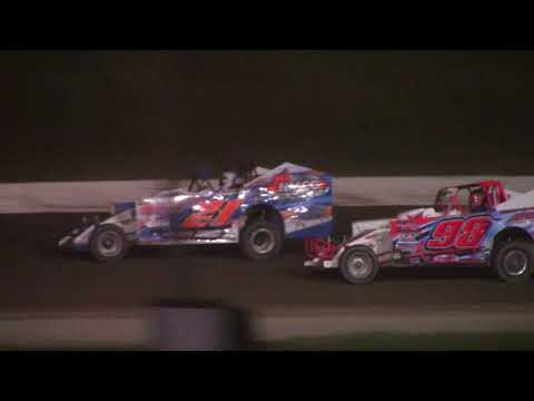 Genesee Speedway Topless Sportsman Feature 9-17-17