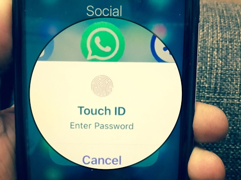 How to lock Your Whats app with your Touch id !! Hide WhatsApp , Message , Photo, Facebook!