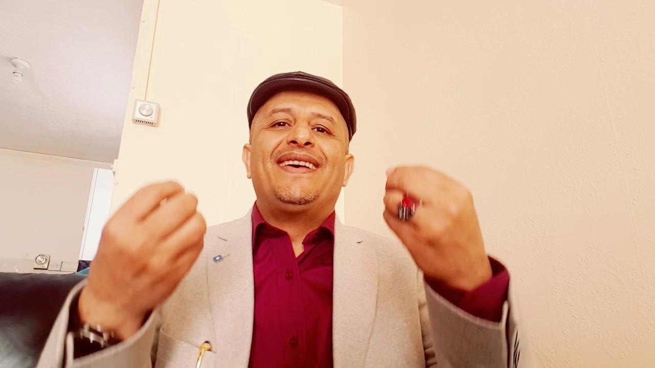 لن تصدق مافعله اللاعب محمد صلاح في بريطانيا