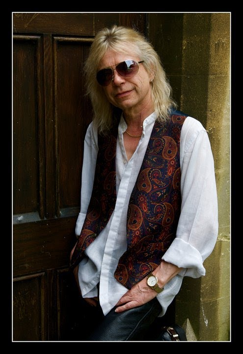 Interview with Bob Catley of Magnum - YouTube