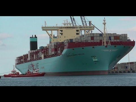 Największy Kontenerowiec świata Maersk Mc-Kinney Møller W Gdańsku.
