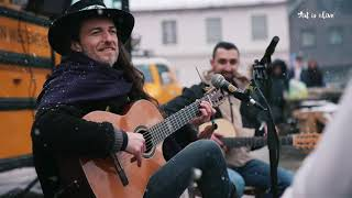 Estas Tonne & Friends    Art is aLive - Live street stream (synched video)