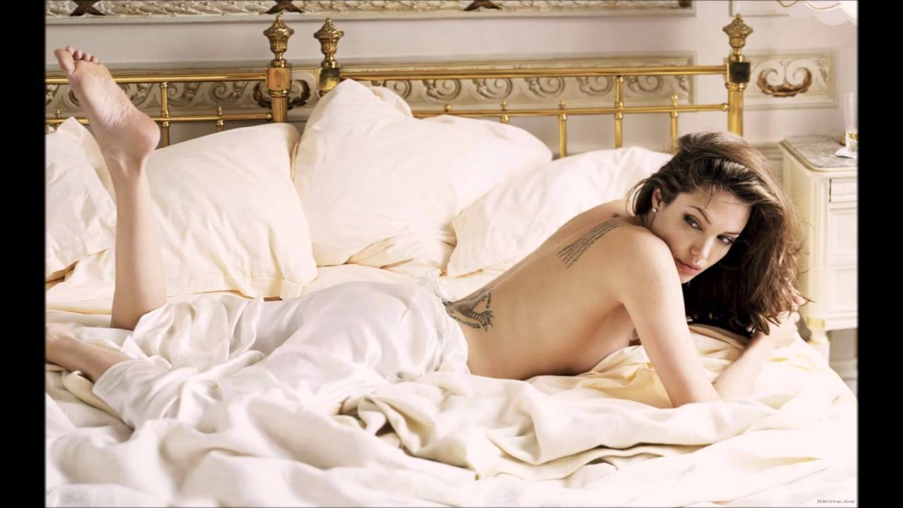 Angelina Jolie Sexiest Pictures - YouTube