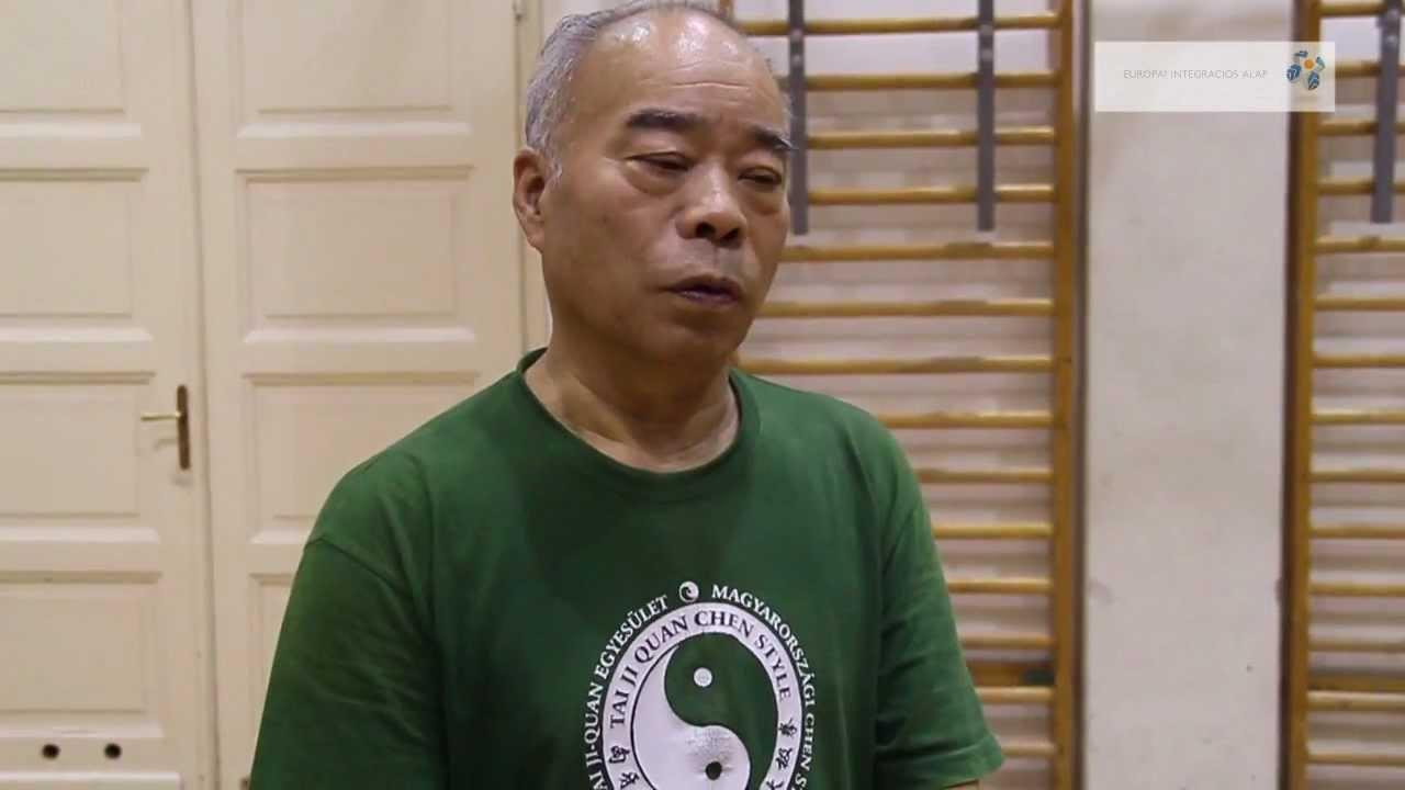 Bates rövidlátása miért nem látta a wangát