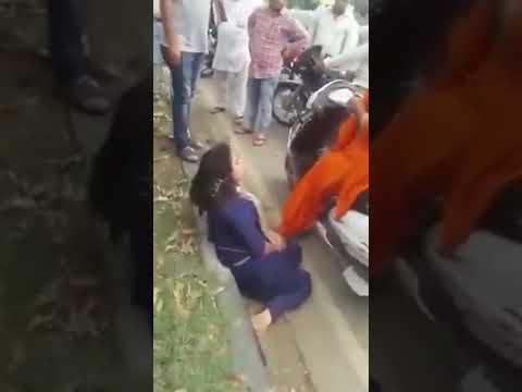 Drunk Indian woman in public thumbnail