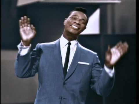 Nat King Cole - THE WAY YOU LOOK TONIGHT (Jerome Kern And Dorothy Fields).