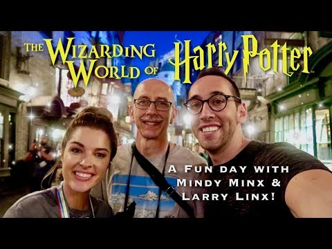 FUN AT WIZARDING WORLD OF HARRY POTTER W/ MINDY MINX & LARRY LINX