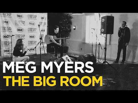"Meg Myers Chats About Her Video for ""Desire"", Relationships, and Touring"