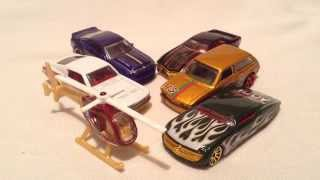 Hot Wheels 2015 Holiday Hot Rods Assortment (Walmart Exclusive Christmas Cars!)