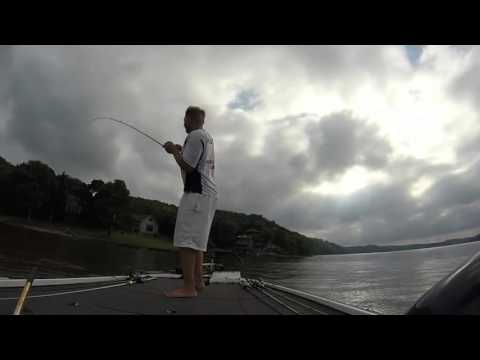 Ledge and point fishing lake of the ozarks