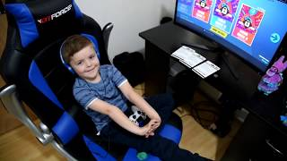 TRUMAnn Gives *5 YEAR OLD KID* 10,000 V-Bucks!! Fortnite MONOPOLY CHALLENGE!!