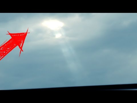 UFO At Airport Extended NEW Video! Mystery Lights In The Sky UFO Analysis