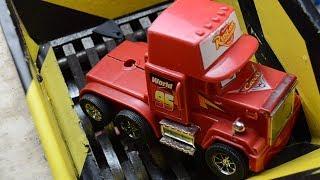 crushing Big Truck RUST EZE McQUEEN - Shredding big truck toy - Shreder vs McQUEEN experiment