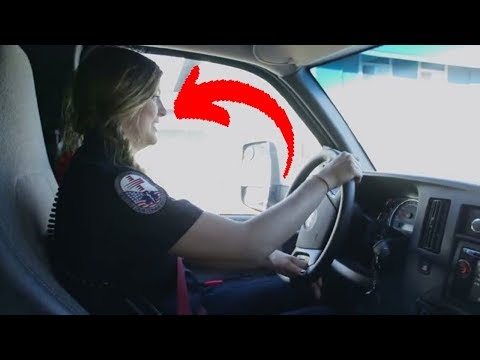 a-paramedic-was-called-to-the-scene-of-an-emergency,-but-not-for-the-reason-she-thought