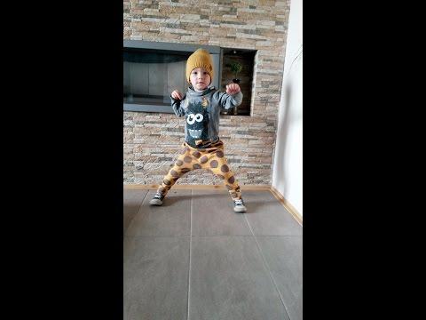 Leonard Halloween little dancer