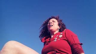 מירב טלאור מדגימה יוגה אורגזמה - הקול האורגזמי !