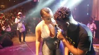 Download lagu Blanche Bailly sur scène au concert de TENOR au Palet de Sport (afrikalandbizz.com)