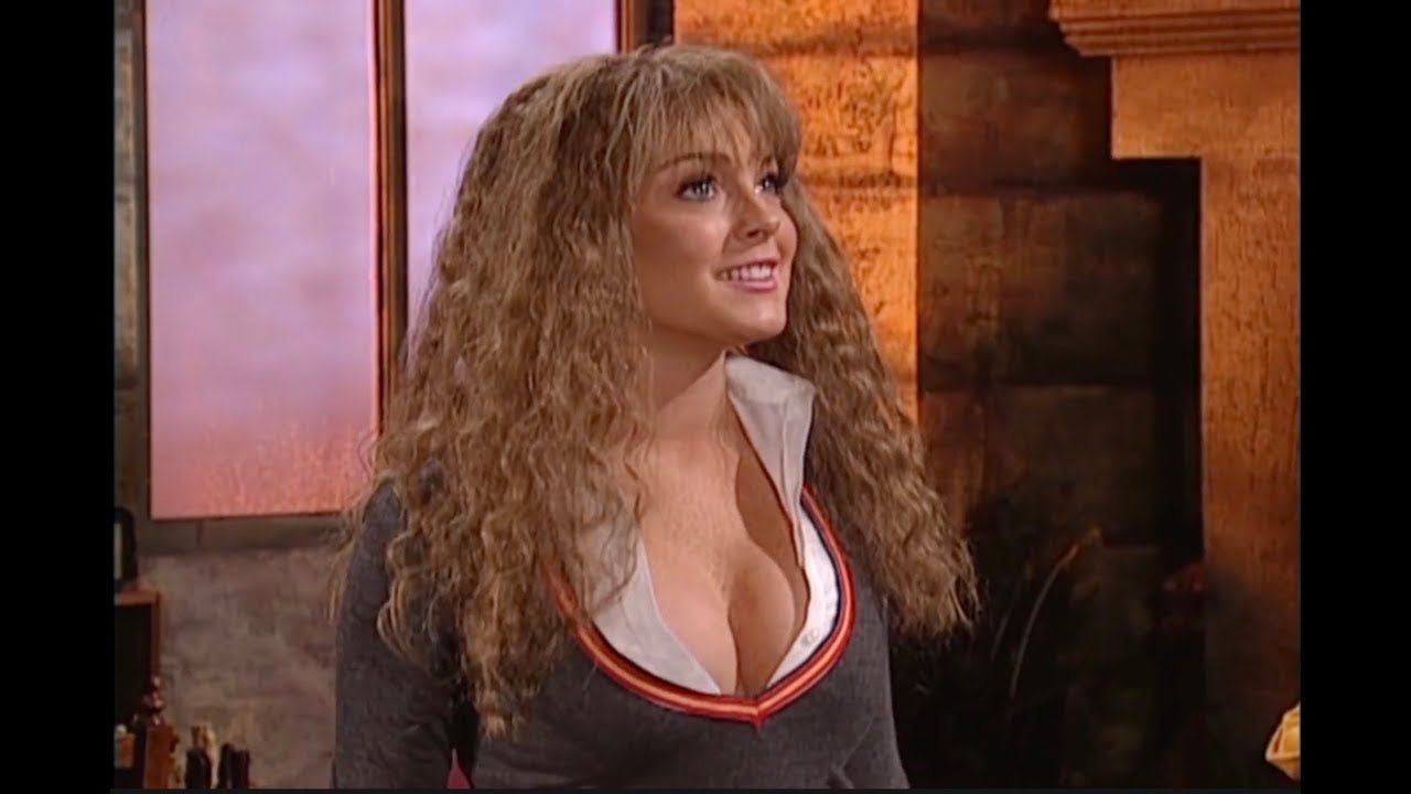 Lindsay Lohan Snl Hermione Growth Spurt 1080p Youtube