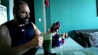 High Protein, Banana, Spinach And Salad Living Smoothie - Tasty