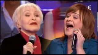 """Lisa Angell chante """"Une femme avec toi"""" en duo avec Nicole Croisille"""