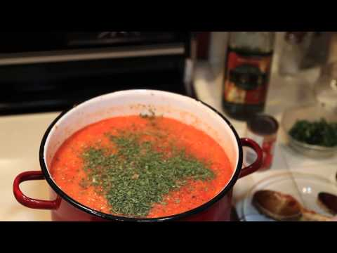 How To Make Spaghetti Sauce With Garden Fresh Tomatoes And Herbs