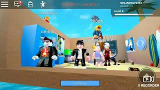 ROBLOX:HORRIFIC HOUSING gameplay