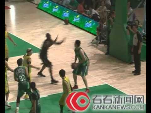 【独家】2012上海雪碧明星篮球赛全场完整版视频(科比+周杰伦+张靓颖)
