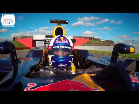 Guy Martin vs David Coulthard at Silverstone  - Speed F1 Special