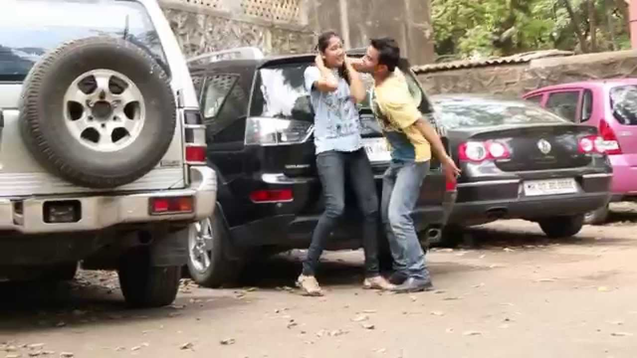 A Bizarre Fight Between A Couple In Mumbai - Youtube-2120