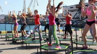 SkyJumping - фитнес на батутах в рамках конвеции Benefit 2016