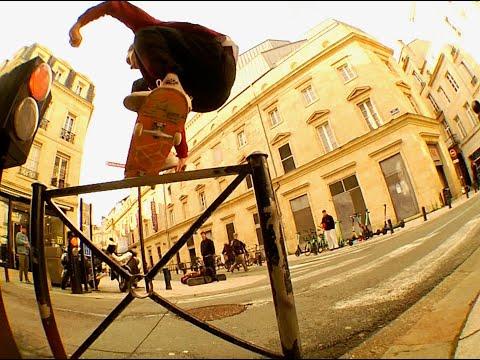 LES CHÂTELAINS - Magenta Skateboards