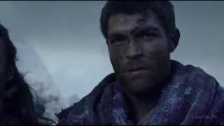 Спартак показывает Ганнику план Марка Красса.Спартак:Война проклятых