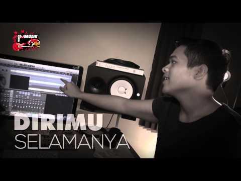 Projek Muzik Hot FM - Aiman Mamat - Kamu (Lirik Video)